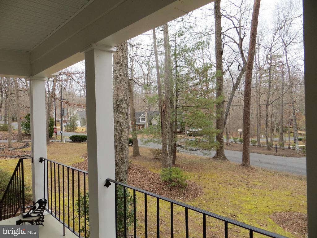 View from front porch to the corner - 200 HAPPY CREEK RD, LOCUST GROVE