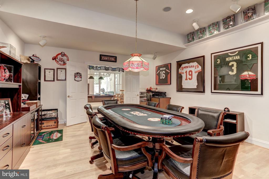 Game room/ poker room. - 6910 SCENIC POINTE PL, MANASSAS