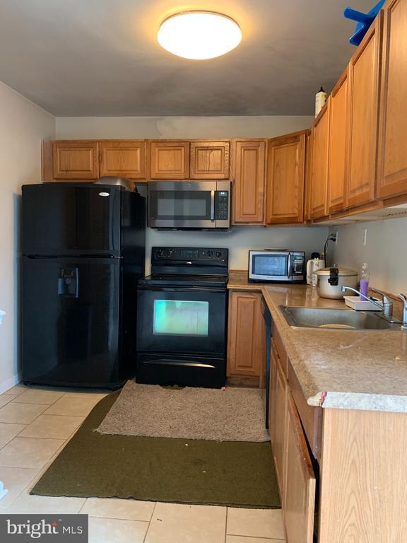 kitchen - 237 IVANHOE CT, FREDERICKSBURG