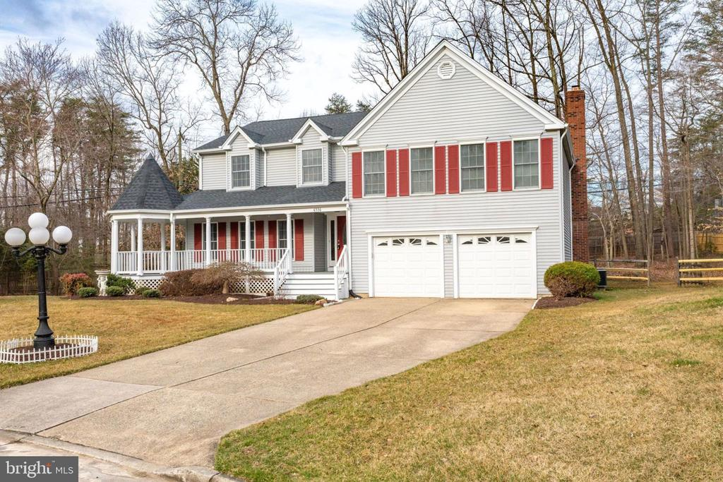 Close to VRE, parks, library, dining, shopping - 6536 NOVAK WOODS CT, BURKE