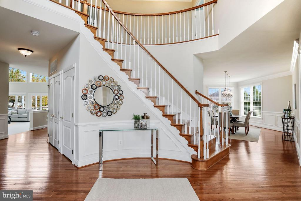 - 20234 KENTUCKY OAKS CT, ASHBURN