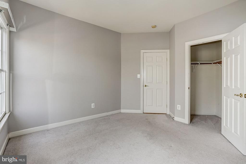Bedroom3 - 10093 JOHN MASON PL, FAIRFAX