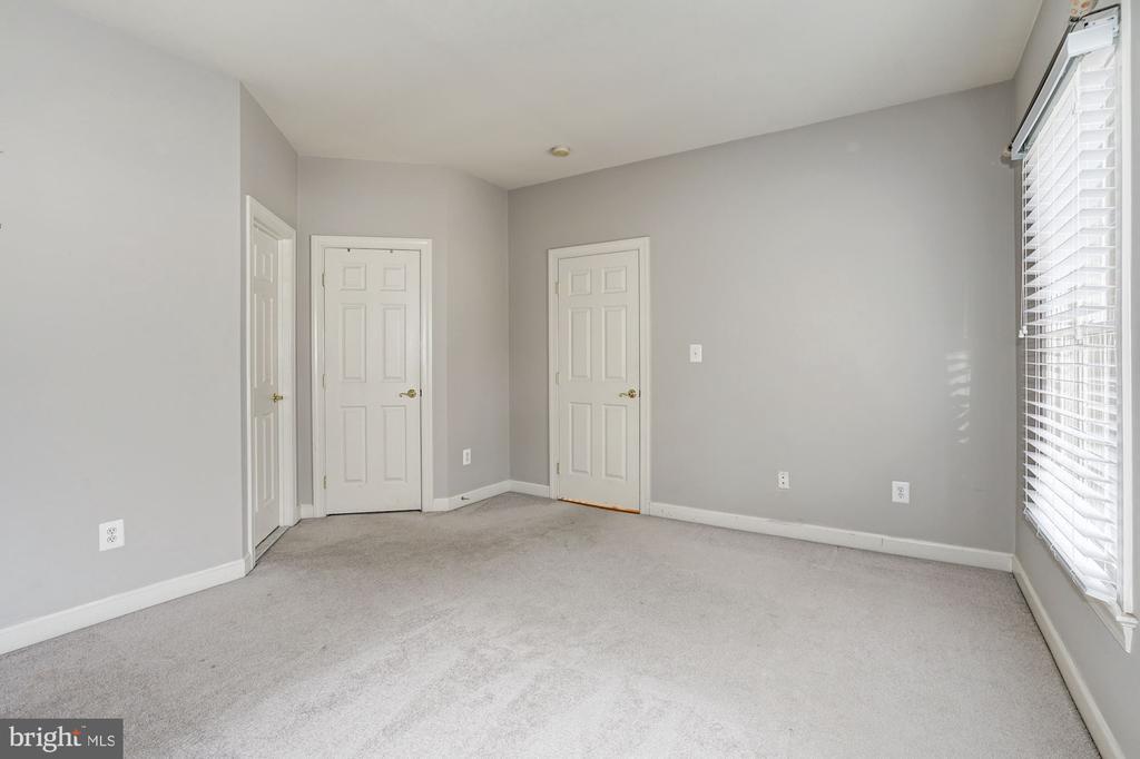 Bedroom4 - 10093 JOHN MASON PL, FAIRFAX