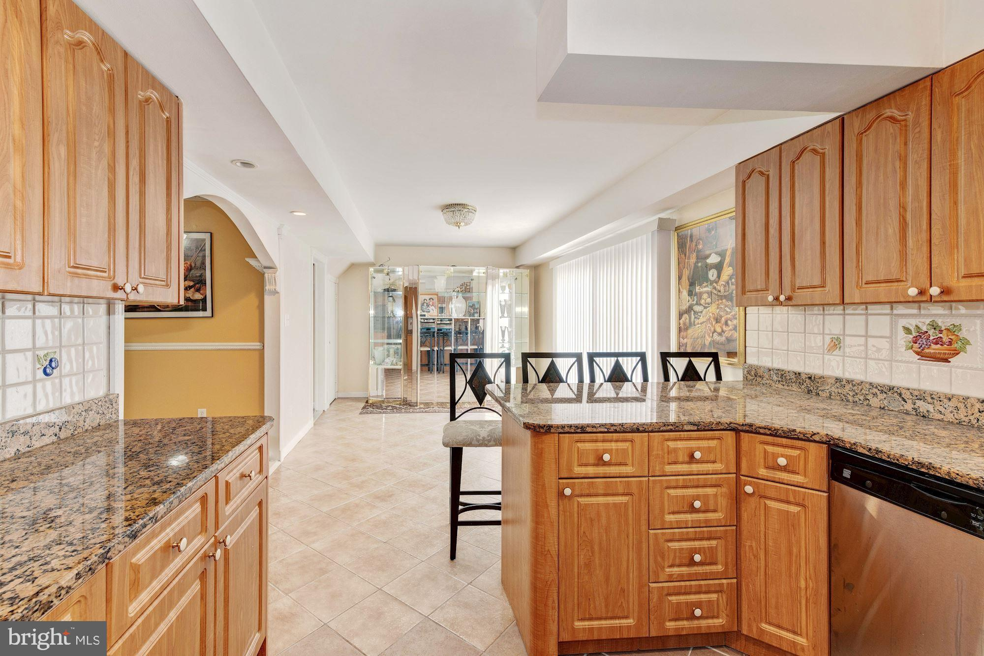 Kitchen with plenty of cabinets