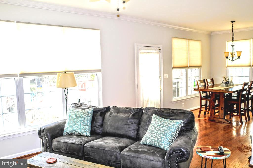 Open to Dining and Kitchen - 42713 CENTER ST, CHANTILLY