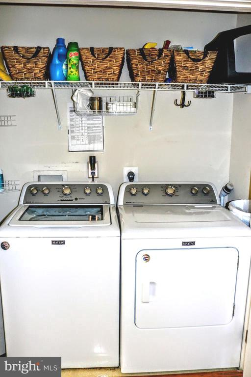 2nd Floor Washer and Dryer - 42713 CENTER ST, CHANTILLY