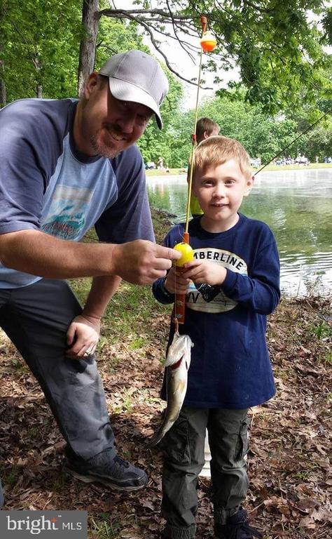 Fun Fishing for all ages - 200 HAPPY CREEK RD, LOCUST GROVE