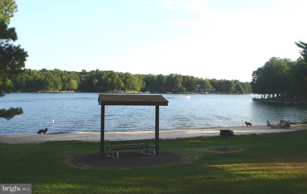 One of 8 Beaches of Main Lake - 200 HAPPY CREEK RD, LOCUST GROVE
