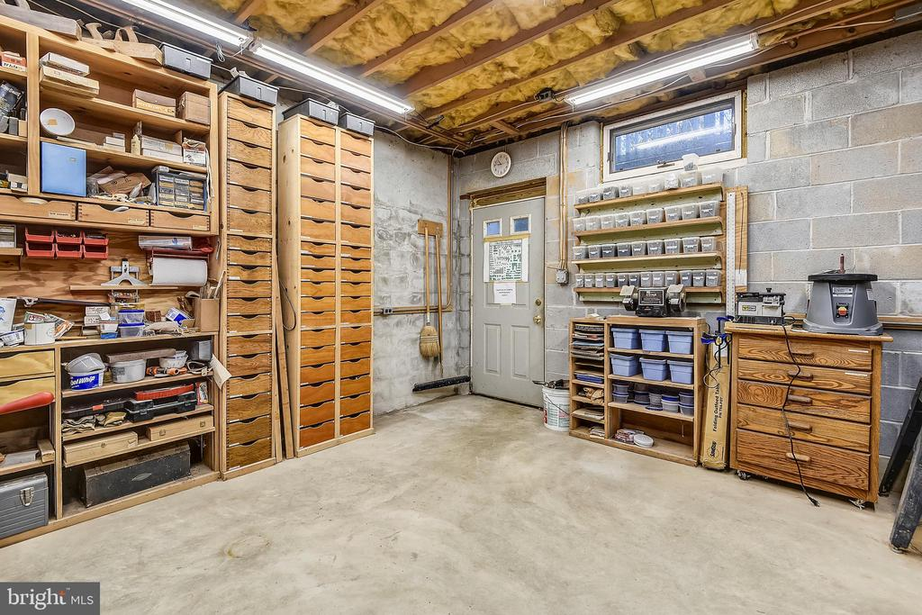 Basement with Separate Entrance - 223 W MONTGOMERY AVE, ROCKVILLE