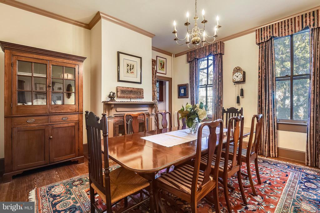 Formal Dining Room with Fireplace - 223 W MONTGOMERY AVE, ROCKVILLE