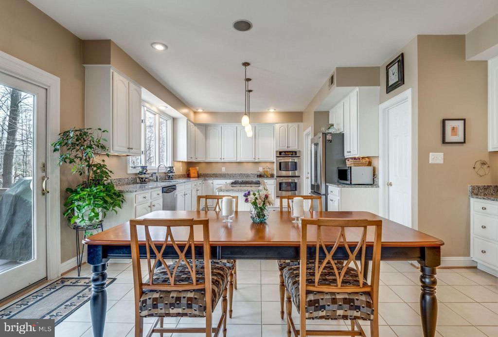 Desk area just off kitchen, too! - 11261 CENTER HARBOR RD, RESTON