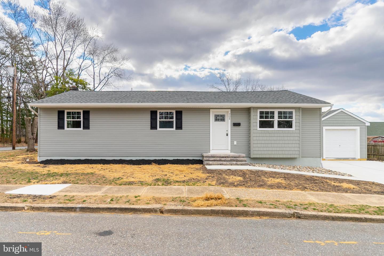 独户住宅 为 销售 在 708 N 4TH Street National Park, 新泽西州 08063 美国