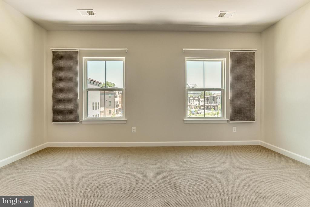 Additional Bedroom on Upper Level 2 - 9251 WOOD VIOLET CT, FAIRFAX