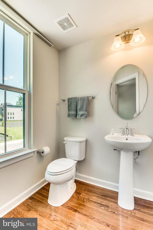 LOVELY half bath on Upper Level 1 - 9251 WOOD VIOLET CT, FAIRFAX