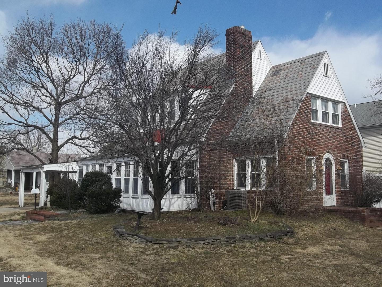 Villa per Vendita alle ore 421 HEULINGS Avenue Riverside, New Jersey 08075 Stati Uniti