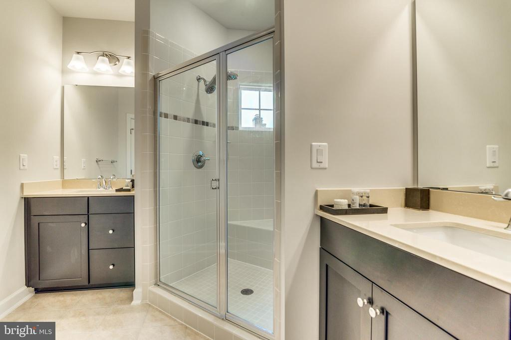 Master Bathroom with separate Sink/Cabinet areas - 9251 WOOD VIOLET CT, FAIRFAX