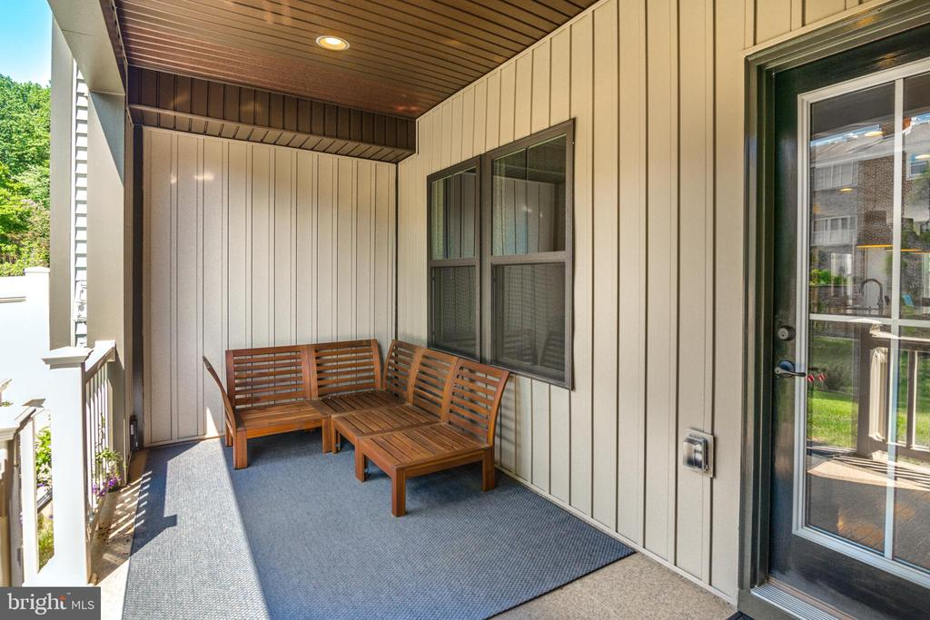 Covered Patio on Upper Level 1 off Living Room - 9251 WOOD VIOLET CT, FAIRFAX
