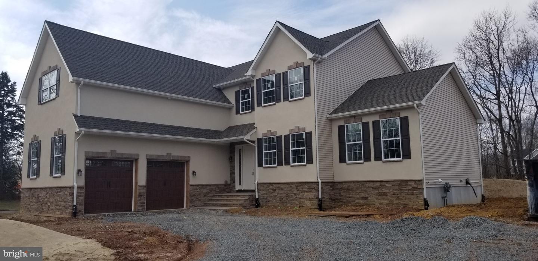 Villa per Vendita alle ore 38 GREENVIEW Road Monmouth Junction, New Jersey 08852 Stati UnitiIn/In giro: South Brunswick Township
