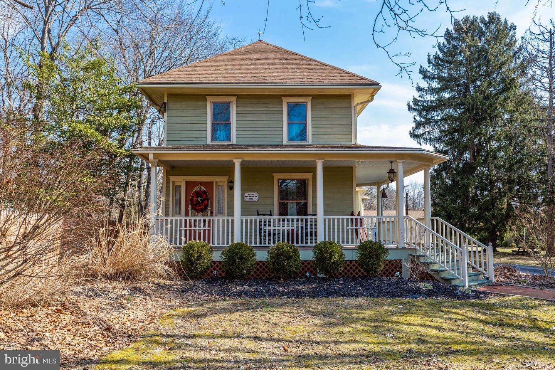 Частный односемейный дом для того Продажа на 638 6TH Street Atco, Нью-Джерси 08004 Соединенные Штаты