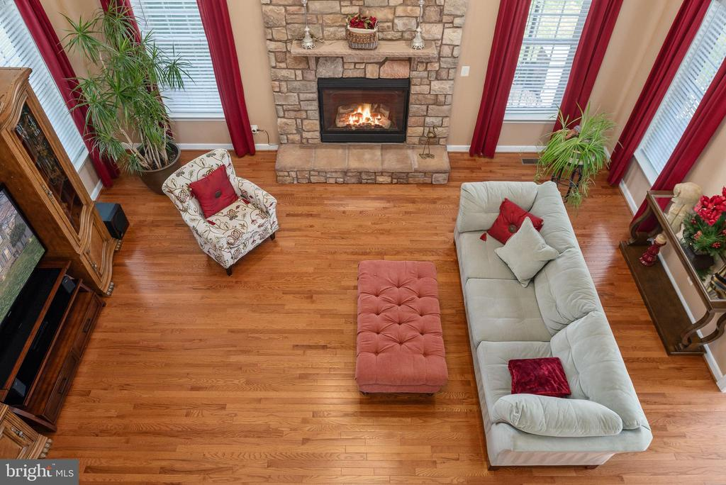 Picture this as your new amazing family room! - 3 GRISTMILL DR, STAFFORD