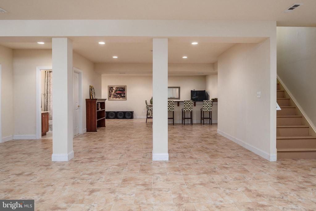 Bsmt space is huge and includes walk out to yard. - 3 GRISTMILL DR, STAFFORD