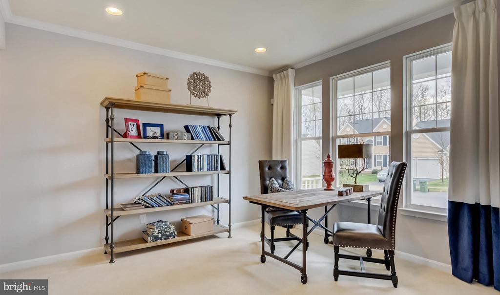 SAMPLE PHOTO - Living Room/home office - 02 SHANDOR RD, WOODBRIDGE
