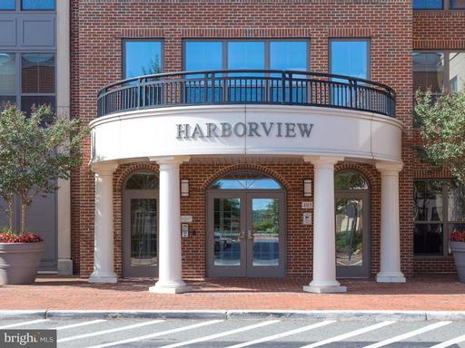 485 HARBOR SIDE ST #503