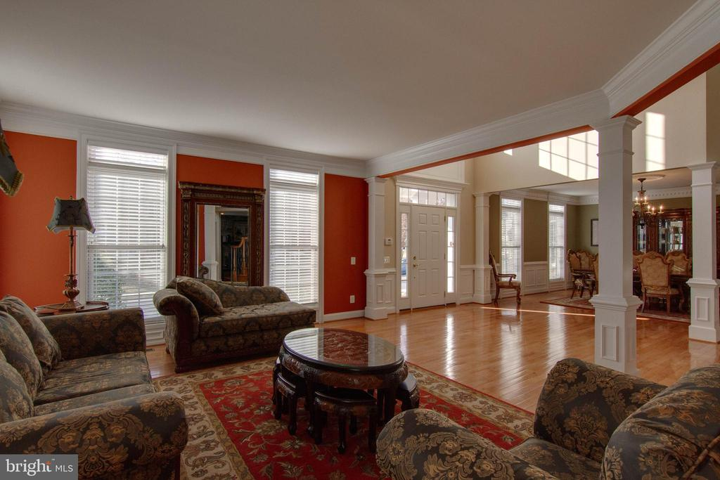 Open floor plan - 8938 RHODODENDRON CIRCLE CIR, LORTON