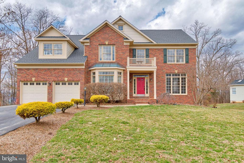 Welcome Home to Flawless Living! - 603 BEAUREGARD DR SE, LEESBURG