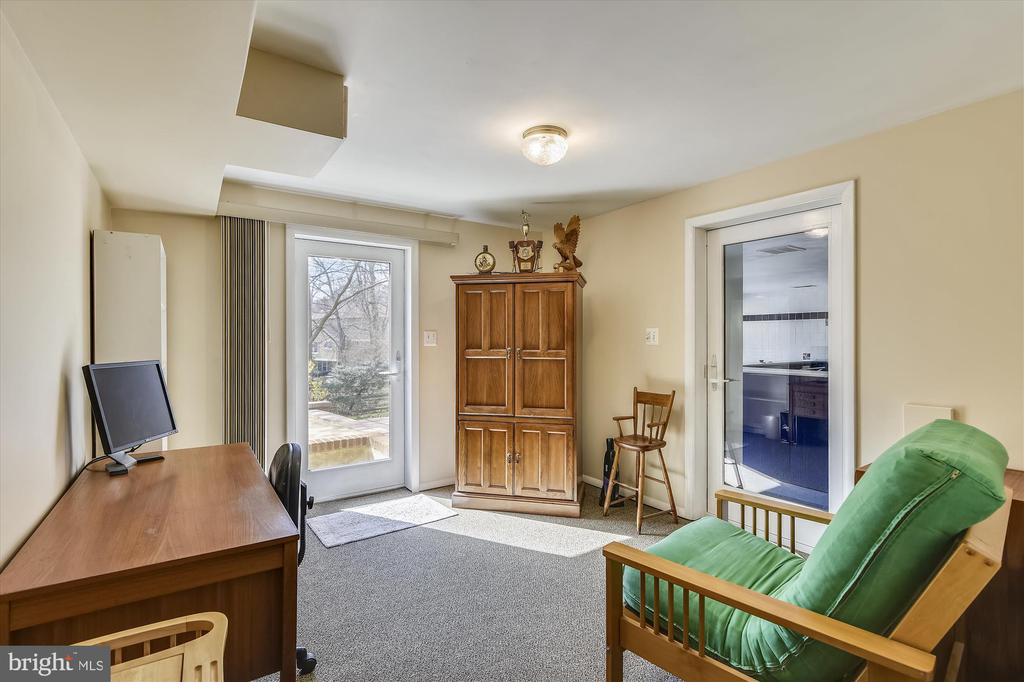 Lower Level Den/Study/Office leads to Pool Room - 8312 CHARTWELL CT, ANNANDALE