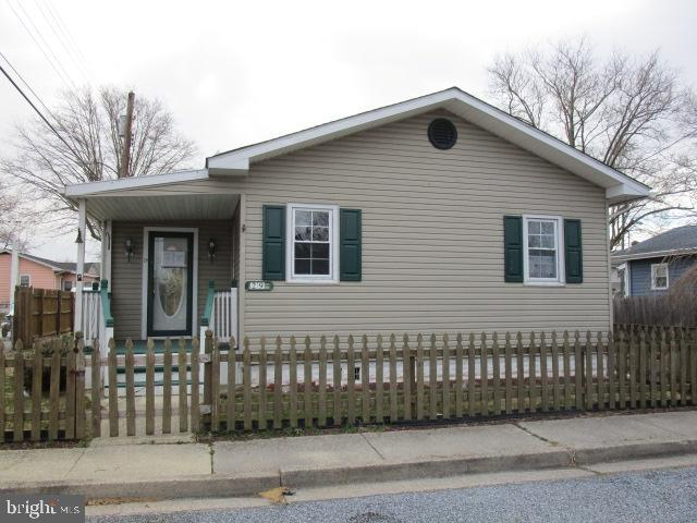 Single Family Home for Sale at 29 VAN BUREN Street Deepwater, New Jersey 08023 United StatesMunicipality: Deepwater