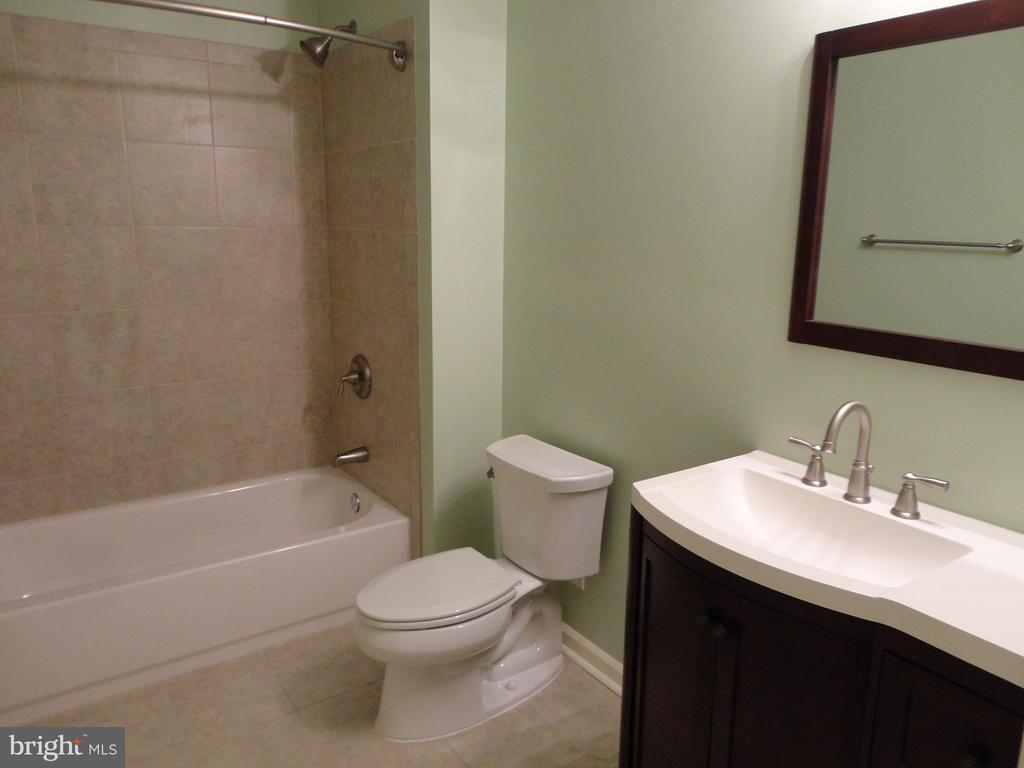 Basement Bathroom - 10415 NAPOLEON ST, FREDERICKSBURG