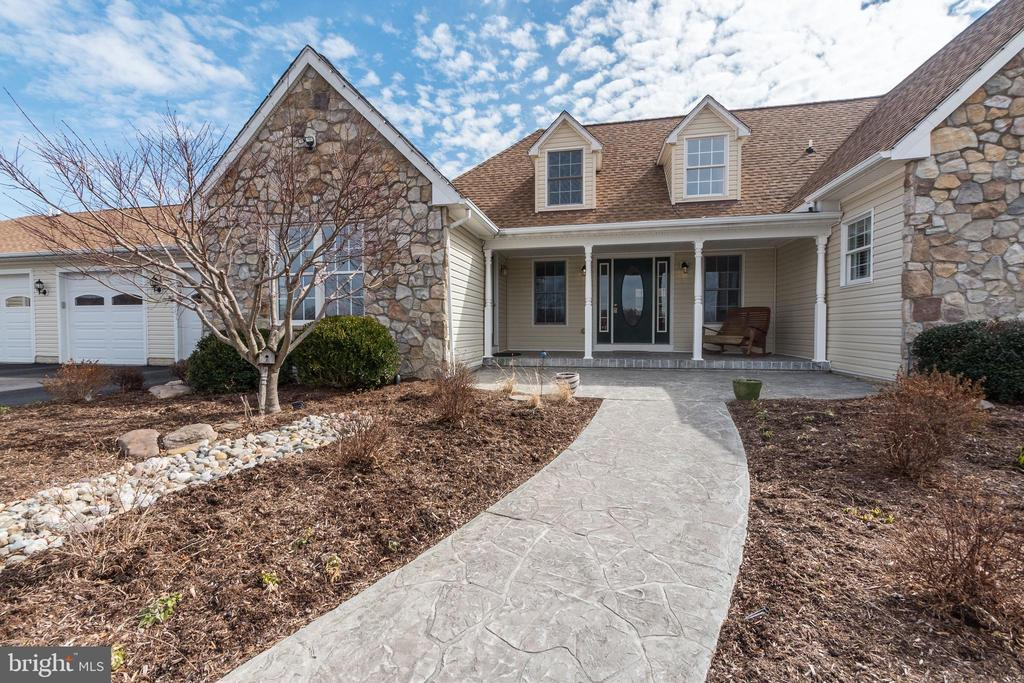 Landscaped Entrance to Main Home - 7960 TALBOT RUN RD, MOUNT AIRY