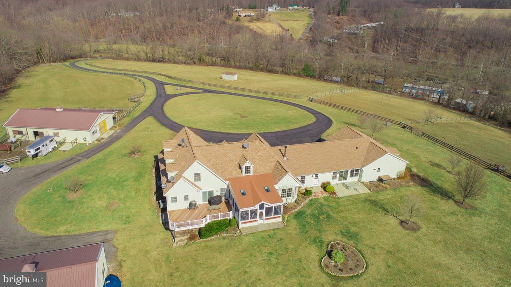27 Acres Thoughtfully Designed - 7960 TALBOT RUN RD, MOUNT AIRY