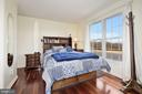 Guest home master suite - 7960 TALBOT RUN RD, MOUNT AIRY