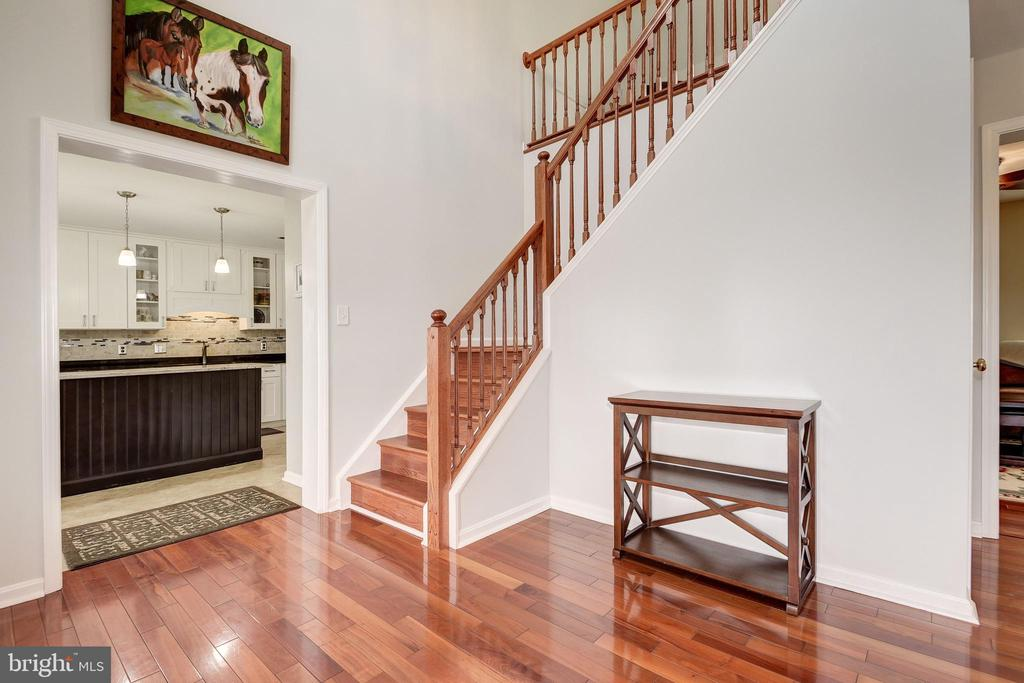 Two story foyer with hardwoods - 7960 TALBOT RUN RD, MOUNT AIRY