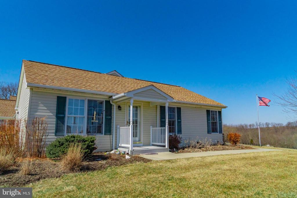 Guest home - 7960 TALBOT RUN RD, MOUNT AIRY