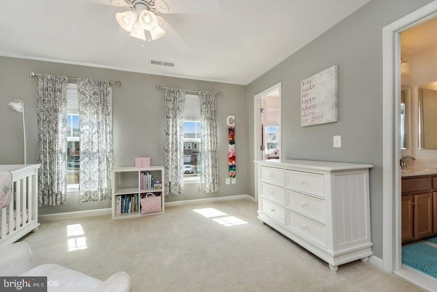 BEDROOM FOUR WITH JACK AND JILL BATH - 42518 STRATFORD LANDING DR, BRAMBLETON