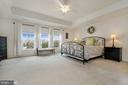 MASTER BEDROOM WITH COFFER CEILING - 42518 STRATFORD LANDING DR, BRAMBLETON