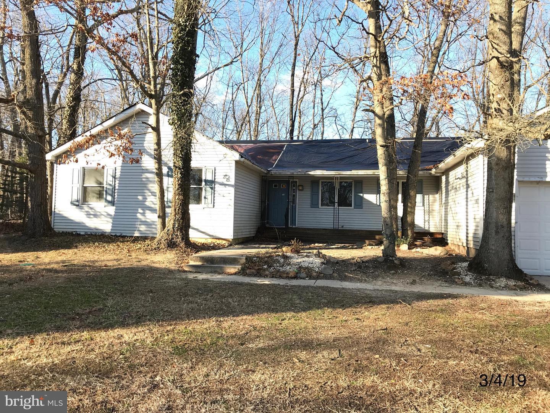 Частный односемейный дом для того Продажа на 1484 BRIDGETON MILLVILLE PIKE Bridgeton, Нью-Джерси 08302 Соединенные ШтатыВ/Около: Fairfield Twp