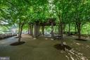 Gazebo in private park, with grilling area - 4141 HENDERSON RD #324, ARLINGTON