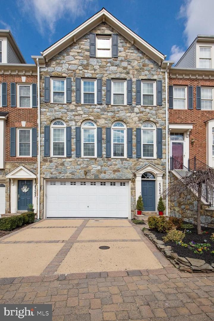 Single Family for Sale at 43594 Beaver Creek Ter Leesburg, Virginia 20176 United States