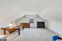 Guest house loft - 38052 SNICKERSVILLE TPKE, PURCELLVILLE