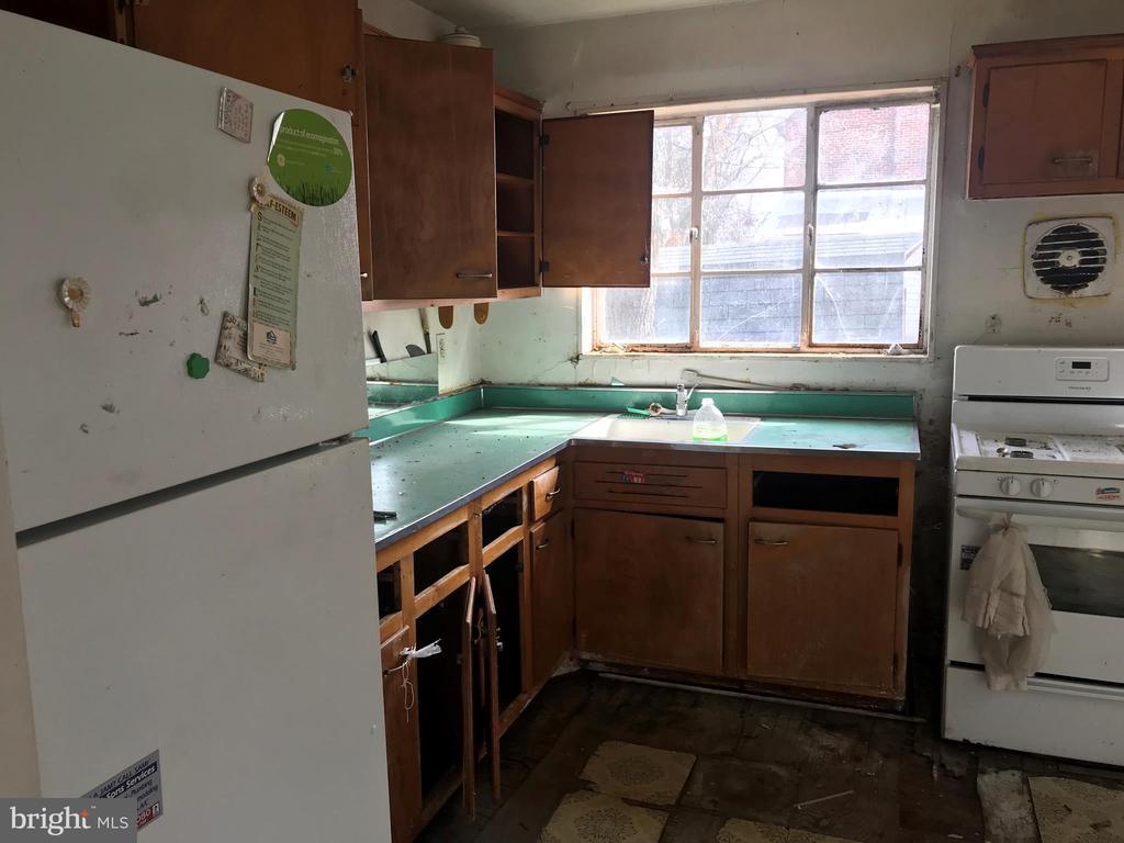Kitchen - 419 EARL ST, ALEXANDRIA