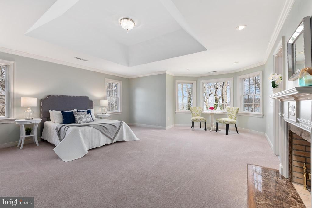 Master Bedroom with Water Views - 24080 CLIFF DR, WORTON