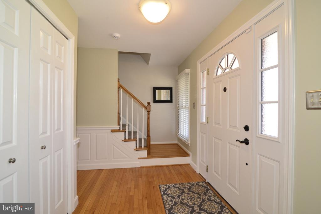 Foyer - 13366 POINT RIDER LN, HERNDON