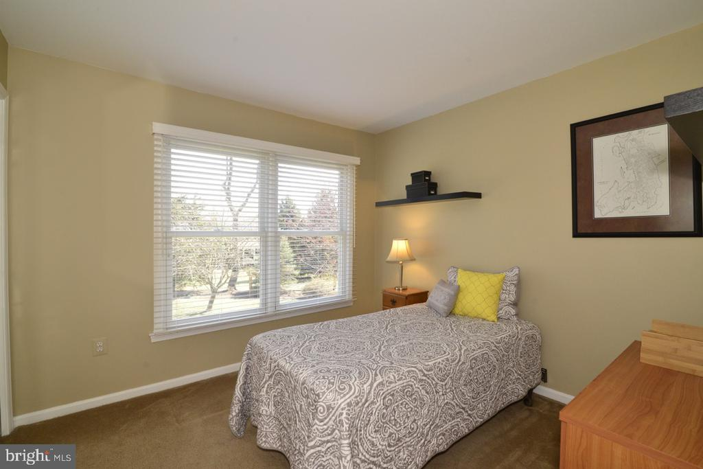 Bedroom #3 - 13366 POINT RIDER LN, HERNDON