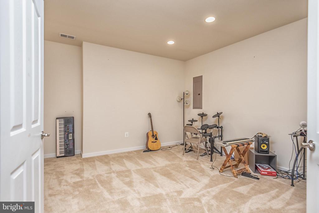 Media Room in the basement - 38 COACHMAN CIR, STAFFORD
