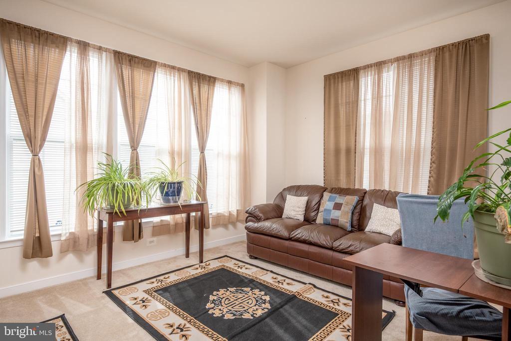 Formal Living Room - 38 COACHMAN CIR, STAFFORD