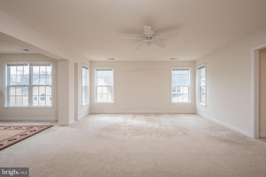 Master Bedroom & Sitting Room - 38 COACHMAN CIR, STAFFORD